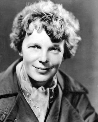 Amelia_Earhart_1935