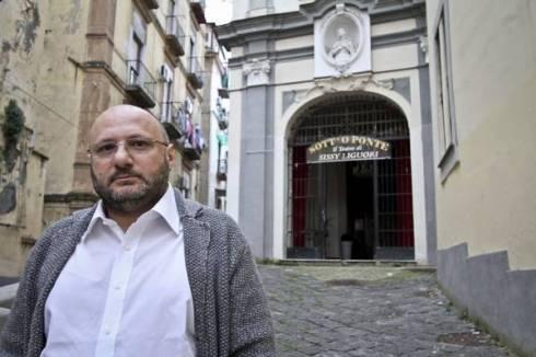 APRE TEATRO AL RIONE SANITA' NAPOLI,LO DIRIGE FIGLIO EX BOSS