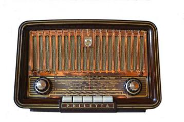 2015-03-31 philips tube radio