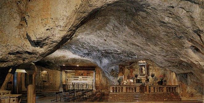 grotta-montesantangelo-1
