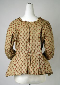 Jacket-Caraco-18th-century-Belgian-cotton.jpg
