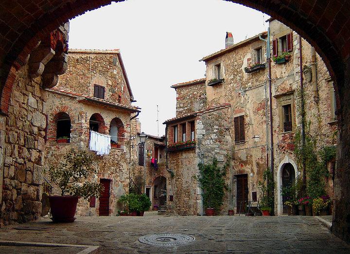 Montemerano (GR)1.jpg