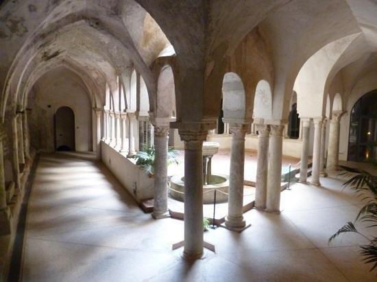 chiostro-medievale