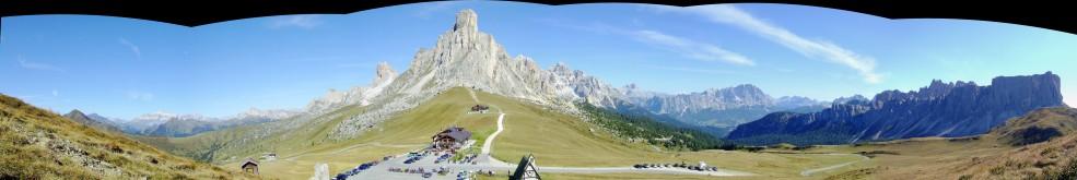 Panorama_Giau.jpg
