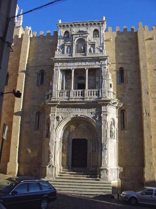 Coimbra, Porta Speciosa della Cattedrale.jpg