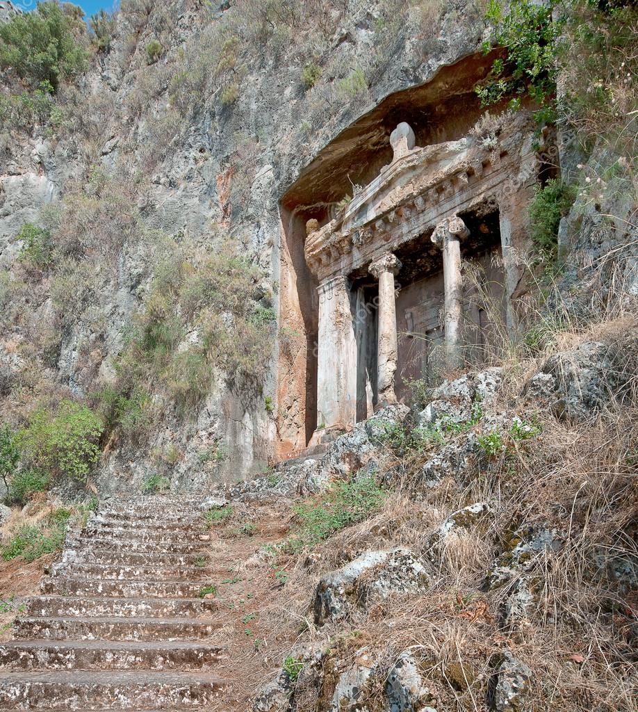 depositphotos_37561973-stock-photo-the-tomb-of-amyntas.jpg